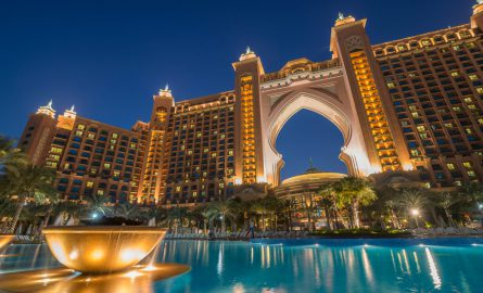 Poolbereich des Hotel Atlantis the Palm