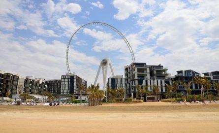 Das CAESARS Palace Hotel vor dem AIN Dubai