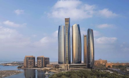 Skyline mit Etihad Towers in Abu Dhabi