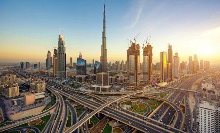 Dubai Downtowns Skyline mit dem Burj Khalifa
