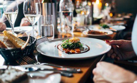 Essen und Trinken in Dubai: Restaurants, Bars und Clubs