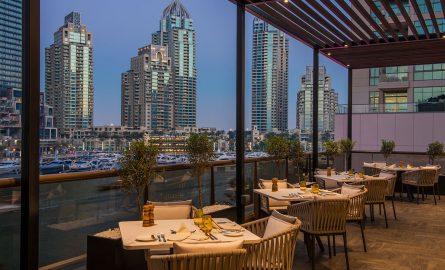 Sloanes Restaurant in Dubai Marina